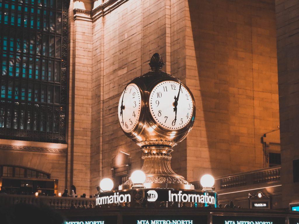 Uhr über der Information im Grand Central Terminal